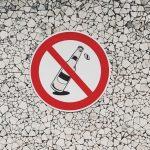 Señal de prohibido el consumo de alcohol