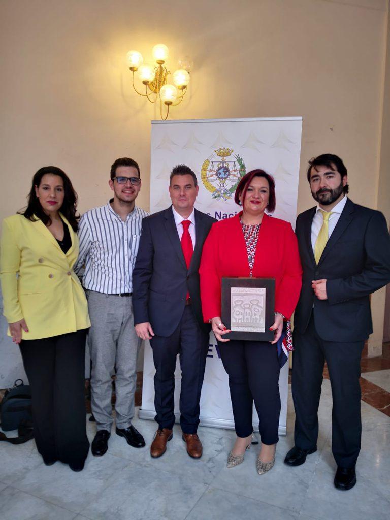 El equipo de GespreObra recibiendop con el Premio Prever 2019
