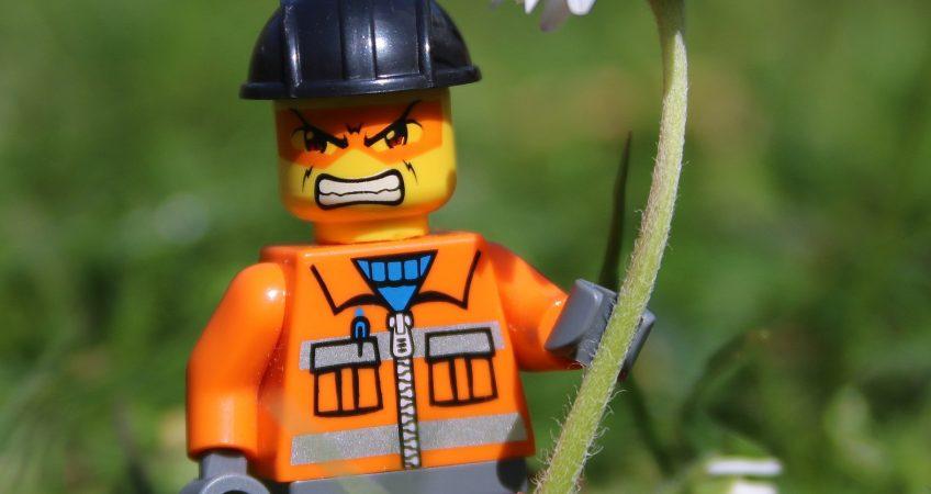 Trabajador expuesto a riesgos psicosociales en la construcción